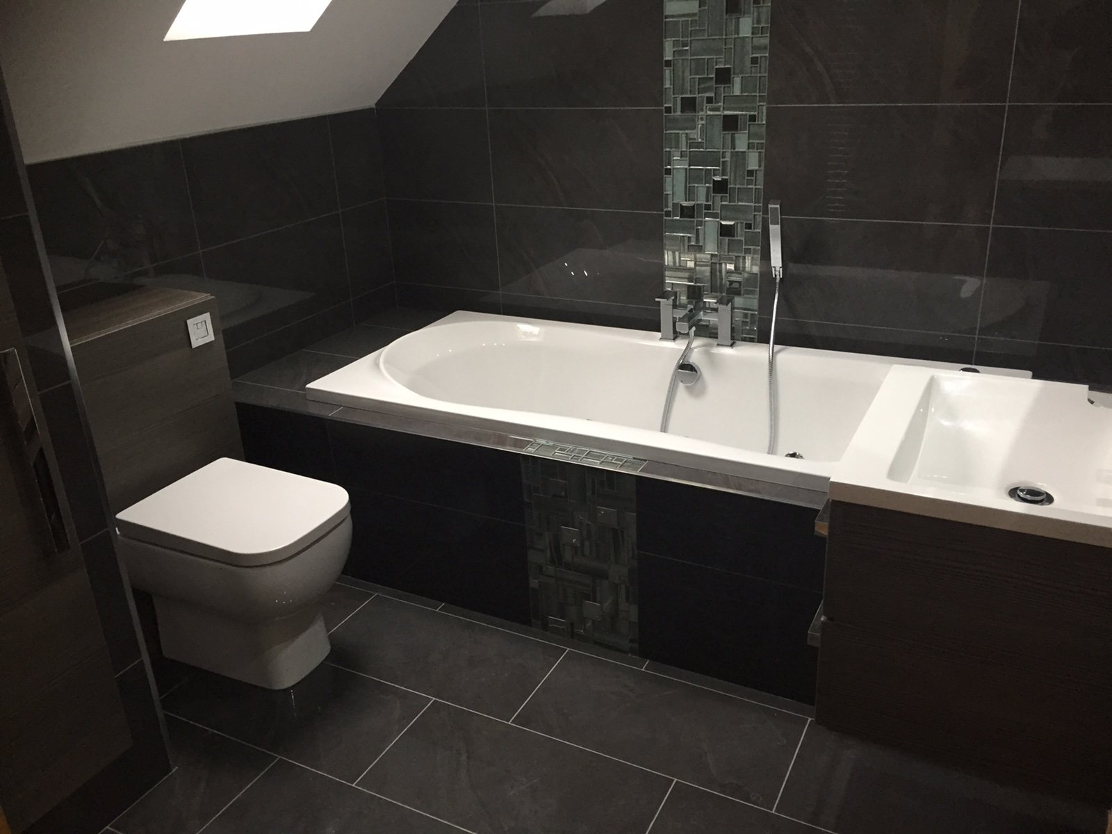 Bathroom Fitter Cardiff